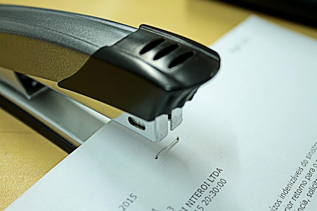 stapler-990469_1280