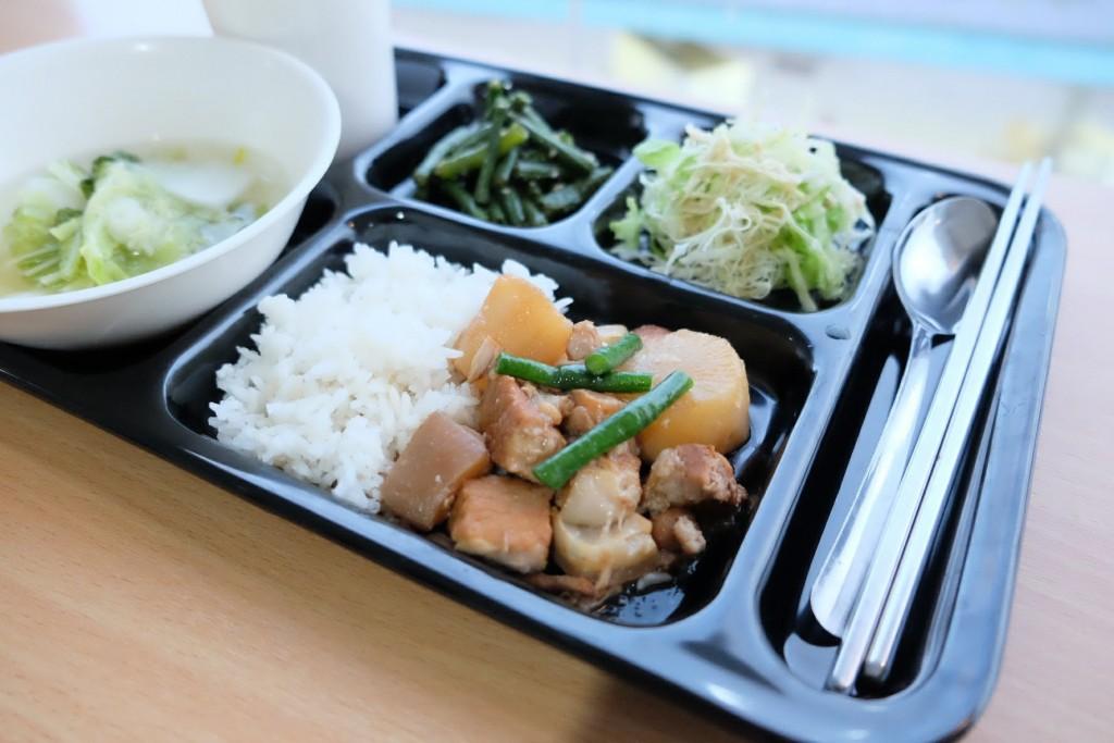 3D school meals_180402_0019