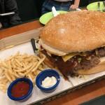 【Casa Verde】〜セブで巨大ハンバーガーと絶品ポークリブを食べよう!〜